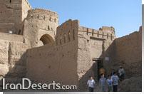 نارین قلعه - میبد