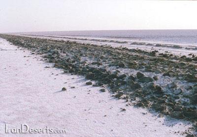 جاده سنگفرش گرمسار – عکس از کشیت