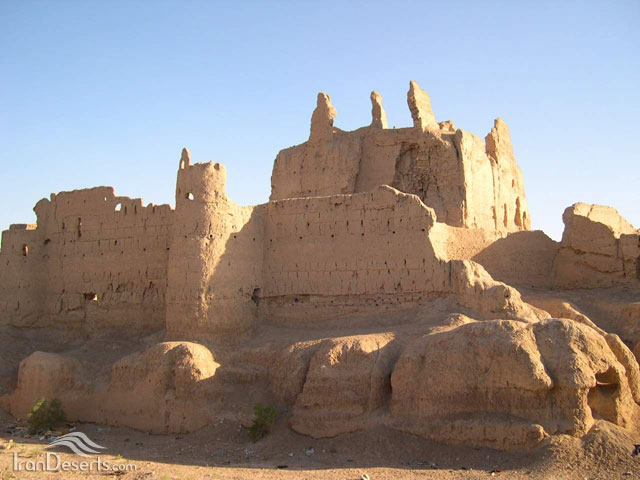 http://www.irandeserts.com/file/imageSection/F1/3f527c8a-8725-43f5-a50f-14fbbbae0014.jpg
