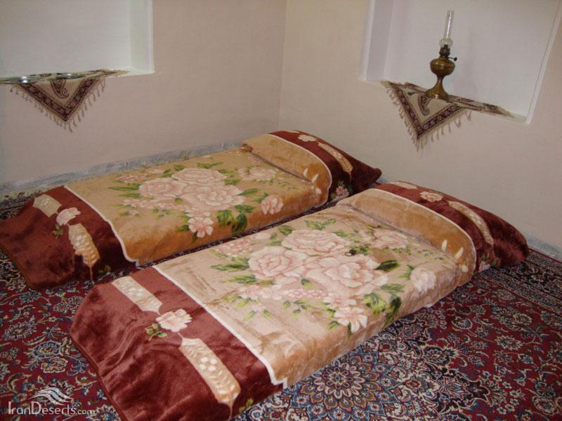 اقامتگاه سنتی قافله کویر