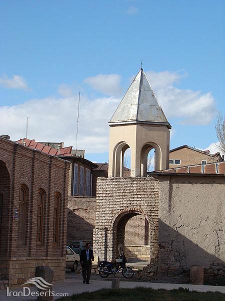 کلیسای هوانس مقدس، مرند