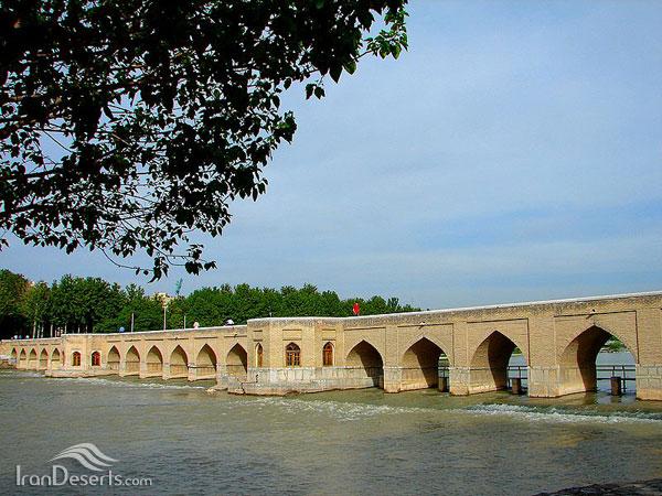 پل چوبی (جویی)، اصفهان