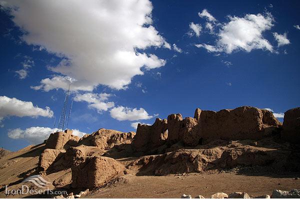 آتشکده آناهیتا (قلعه دختر)، کرمان