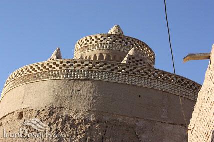 برج کبوتر عمروآباد، تصویر از  مسعود عسگری عمروآبادی