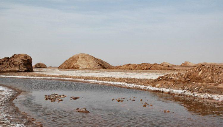 رود شور و تپه های تخم مرغی (تپه شتری)