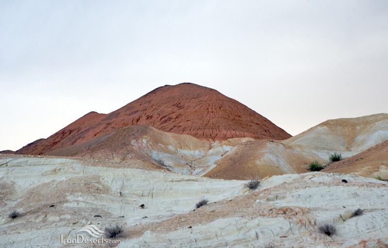 پارک ملی کویر، ارتفاعات سیاه کوه