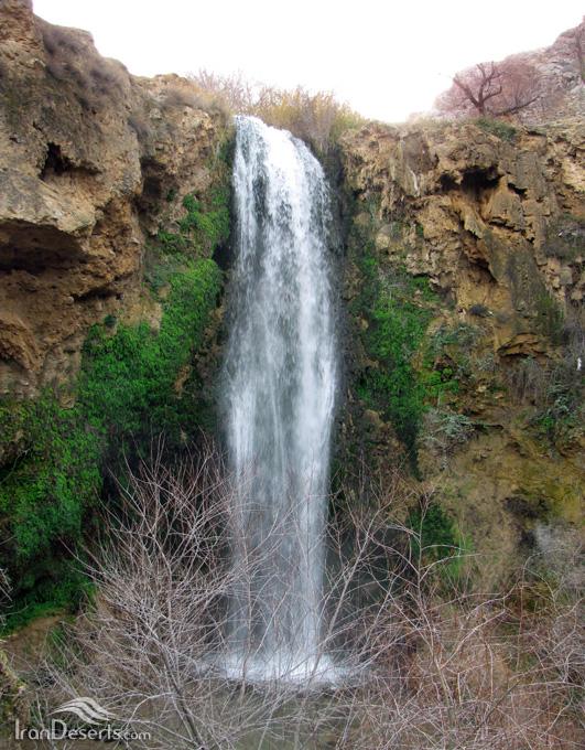 آبشار آبگرم، کلات، تصاویر از حسن احمدی فرد