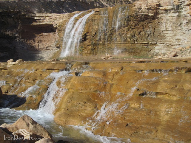 آبشار (طاف) سوم
