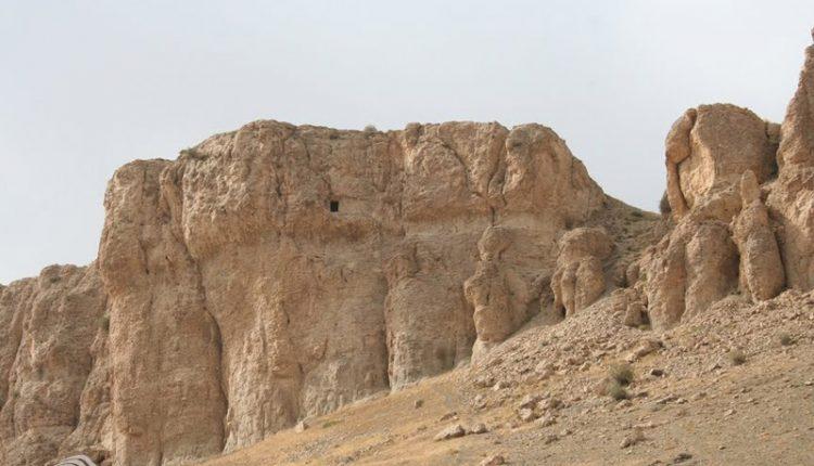 غار قارنی یاریق، سلماس