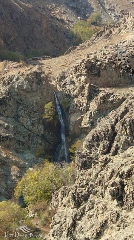 آبشار اوسون، شمیران-دربند