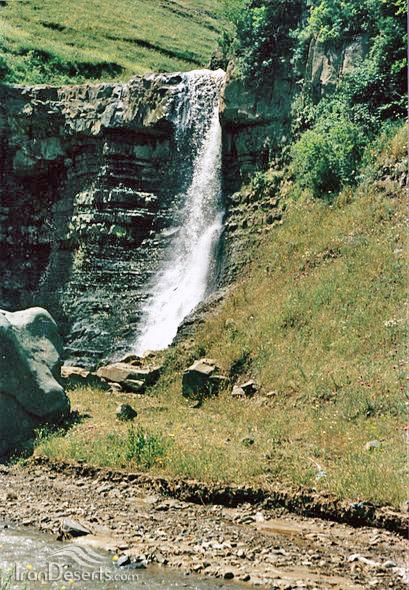 آبشارهای شوله لر دره سی