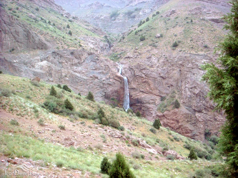 آبشار گرمارود (زنگلان)، الموت
