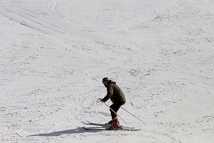 پیست اسکی تاریک دره، همدان