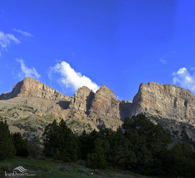 ارتفاعات هزارمسجد، کوه گوش اسبی
