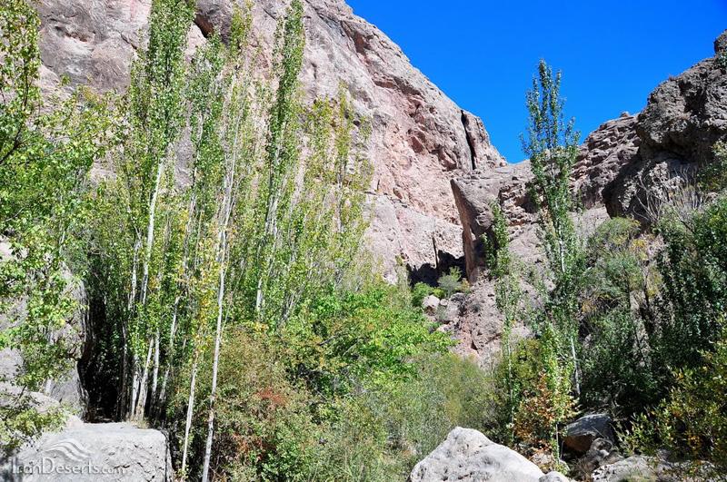 مسیر  آبشار رود معجن، تربت حیدریه