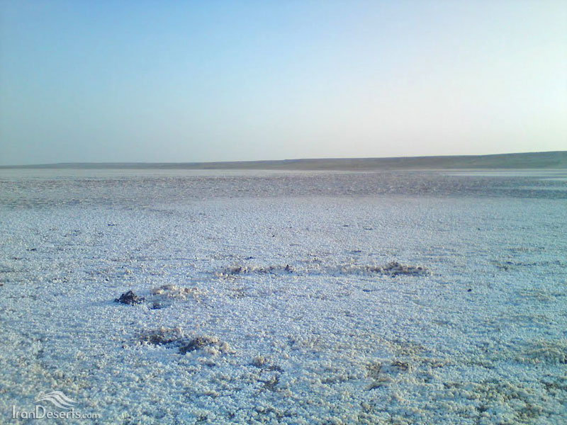 کویر نمک استبرق، شهر بابک