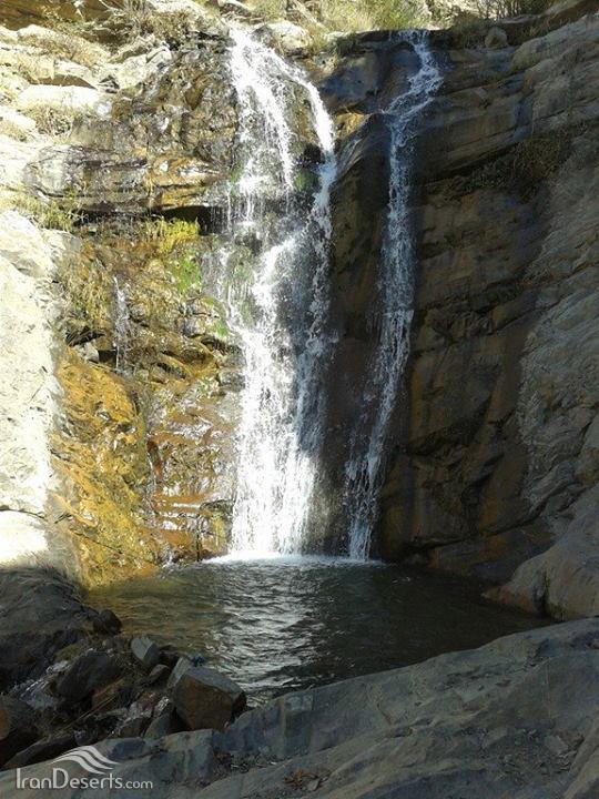 آبشار برگ جهان، لواسانات
