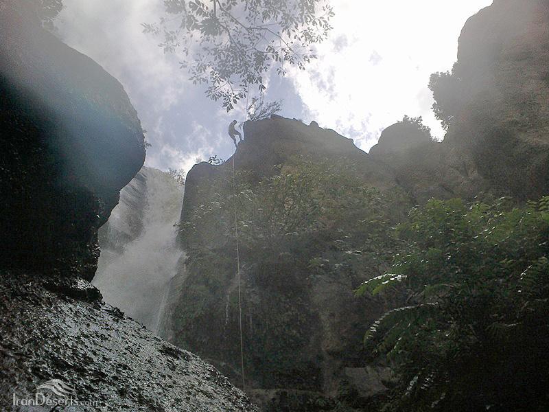 آبشار کلشتر، رودبار، عکس از مسعود رفیعی کلشتری