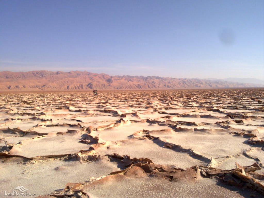 کوه گوگرد و پلتفرمهای نمکی، تصویر از محسن ضیا