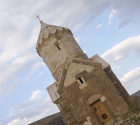 کلیسای مریم مقدس (زور زور)، ماکو